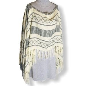 Pullover Cottagecore Poncho With Tassels